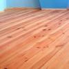 Чим пофарбувати дерев`яну підлогу в заміському будинку (на дачі)?