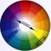 Як правильно поєднувати кольори в манікюрі?